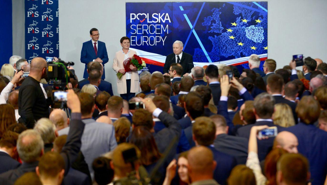 PiS wygrywa wybory do PE (fot. PAP/Jakub Kamiński)