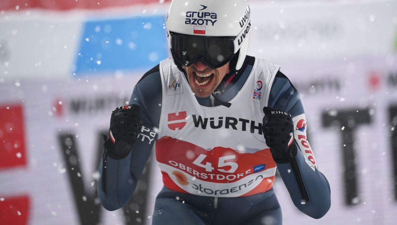 Polacy zajęli w Oberstdorfie trzecie miejsce w konkursie drużynowym (fot. Getty Imagse)