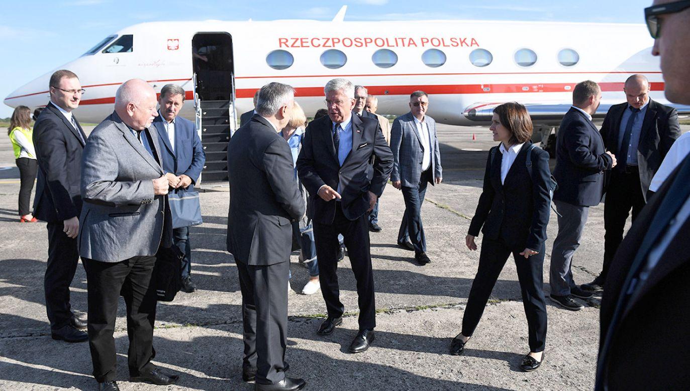Szef KPRM podkreślił, że w pracach nad projektem wzięli udział przedstawiciele wszystkich instytucji zajmujących się organizacją lotów najważniejszych osób w państwie (fot. arch.PAP/Radek Pietruszka)